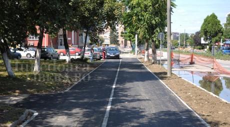 Deva | Pista pentru biciclişti prinde contur