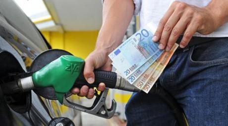 Cât costă REAL un litru de benzină sau motorină