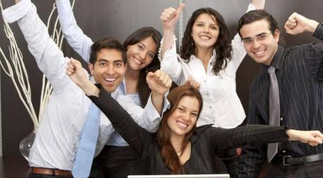 Veşti bune pentru angajaţi! Mai multe zile libere şi sporuri duble