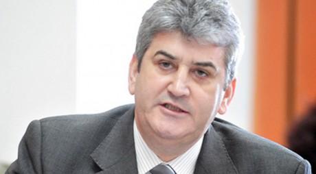 Ministerul condus de Gabriel Oprea cere spații pentru tabere de refugiați