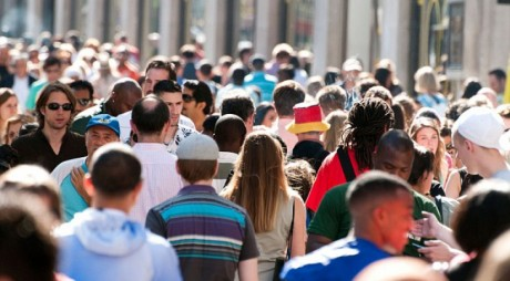 AEP: Numărul de cetăţeni cu drept de vot înscrişi în Registrul electoral la data de 31 mai – 18.983.018