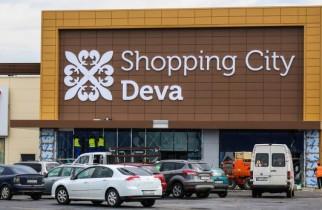 La Shopping City Deva, clienții își pot dona ziua de naștere copiilor din centrele de plasament