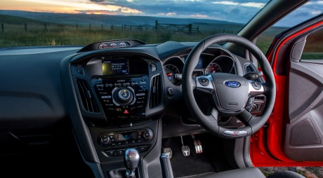 În atenția posesorilor de mașini cu volan pe dreapta