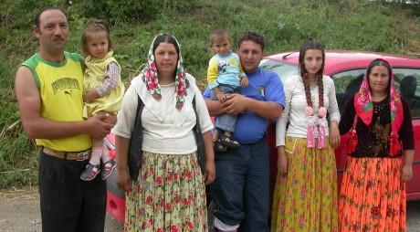 Părinții copiilor romi vor putea depune plângeri dacă vor constata că sunt victimele segregării