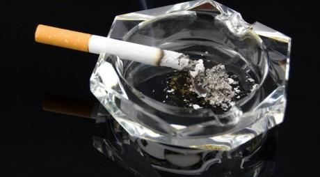 Angajații care fumează ar putea primi o lovitură năucitoare