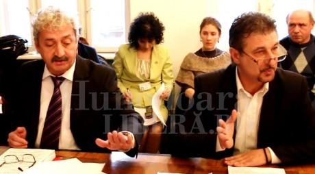 """""""Pietonala"""" îl scoate din sărite pe primarul Hunedoarei (VIDEO)"""