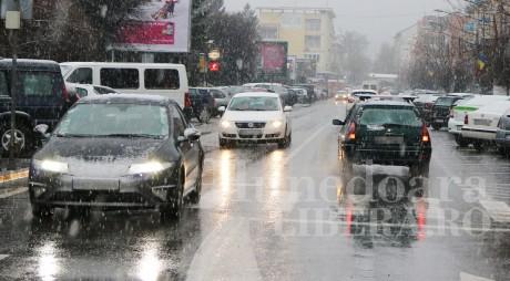 CJ Hunedoara: Codul galben de ninsoare nu a afectat circulația pe drumurile județene