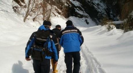 10 sfaturi de la jandarmii montani pentru o vacanță la munte în siguranță