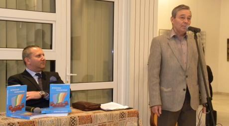 "Mihai Petre a lansat la Hunedoara volumul ""Interviuri hunedorene"""