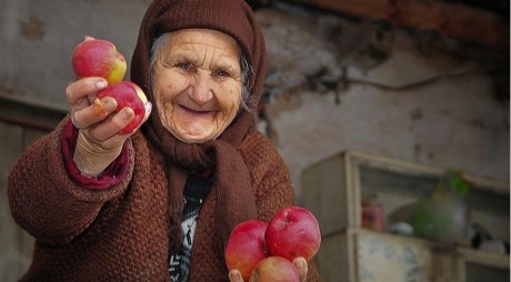 MIT SPULBERAT | Generozitatea la români