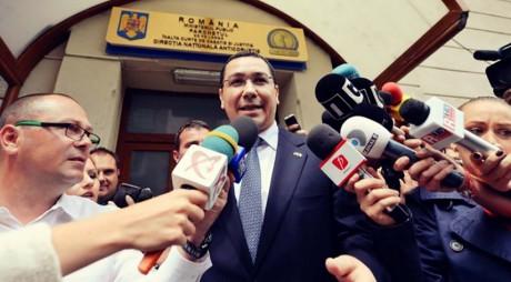Victor Ponta, audiat la DNA Oradea