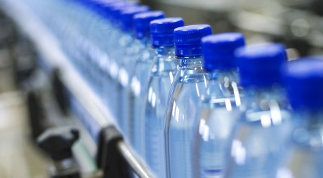 Ai grijă ce bei! Lista apelor minerale recunoscute în România