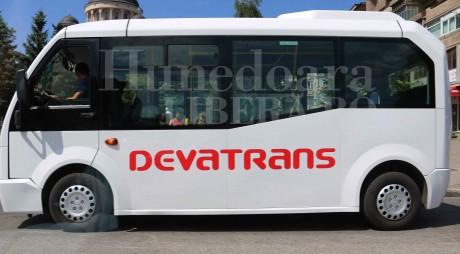 Traseele operate de DevaTrans vor fi preluate de Tirius Transtour