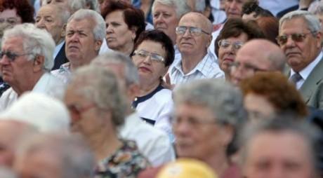 Hunedoara | Fruntași la pensii, de mijlocul clasamenului la salarii