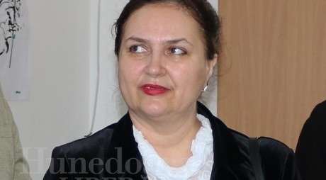 AVERILE PARLAMENTARILOR DE HUNEDOARA | Eleonora Carmen Hărău (senator PNL)
