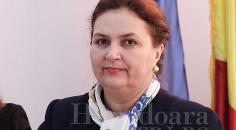 SONDAJ | Cât de mulțumiți sunteți de activitatea senatorului Eleonora Carmen Hărău (PNL)