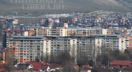 Avarie în Hunedoara. ȘASE blocuri, fără apă