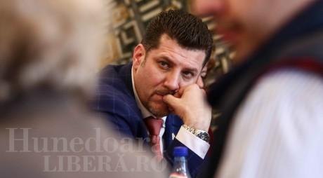 Încă un consilier local PNL de la Hunedoara își pierde mandatul