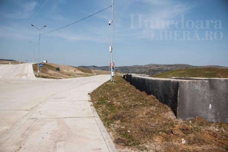 Carmen Harau Viorel Arion complex industrial Hunedoara pensionari (15)
