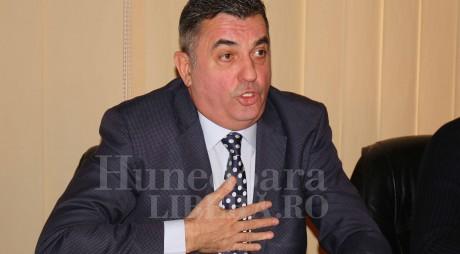 Cum apreciați decizia PSD de a-l nominaliza pe Petru Mărginean pentru primăria Deva?