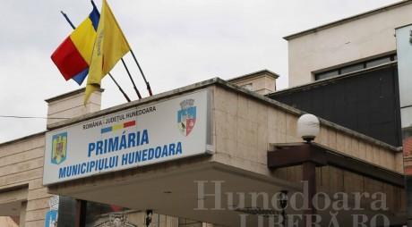 Primăria Hunedoara scoate la concurs 16 posturi!