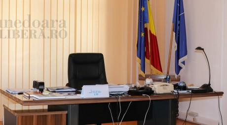SURSE: Mutări la Prefectura județului Hunedoara