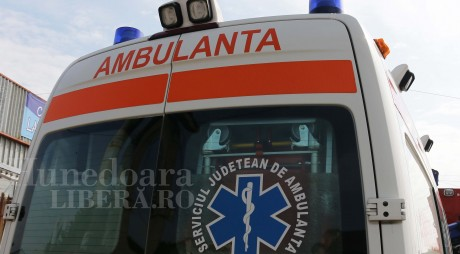 NEWS ALERT: Ambulanță cu pacient implicată în accident