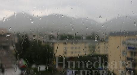 IGSU: 10 județe afectate de vremea rea, inclusiv Hunedoara