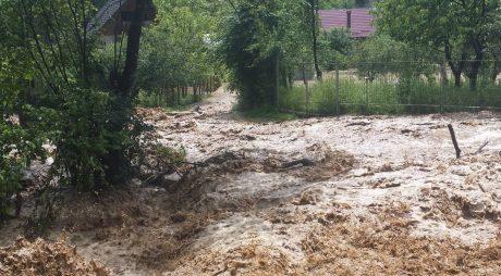 HUNEDOARA | Inundațiile au produs pagube de 13 milioane de euro!