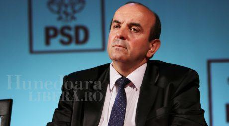 Totești: Tiberiu Pasconi câștigă detașat fotoliul de primar
