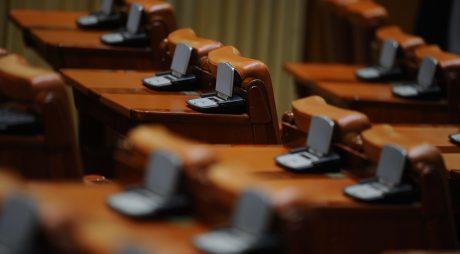 Câmpeanu, Păran și Țîmpău părăsesc Parlamentul din iarnă
