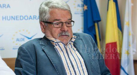 Poate candida Mircea Moloț la alegerile din 11 decembrie?