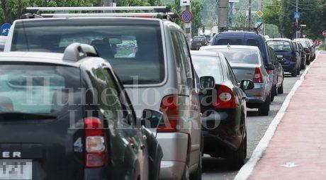 Mașinile înmatriculate în HD aglomerează traficul din Timișoara?