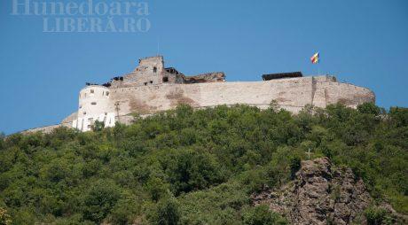 22 februarie 1269, prima mențiune documentară a Cetății Devei