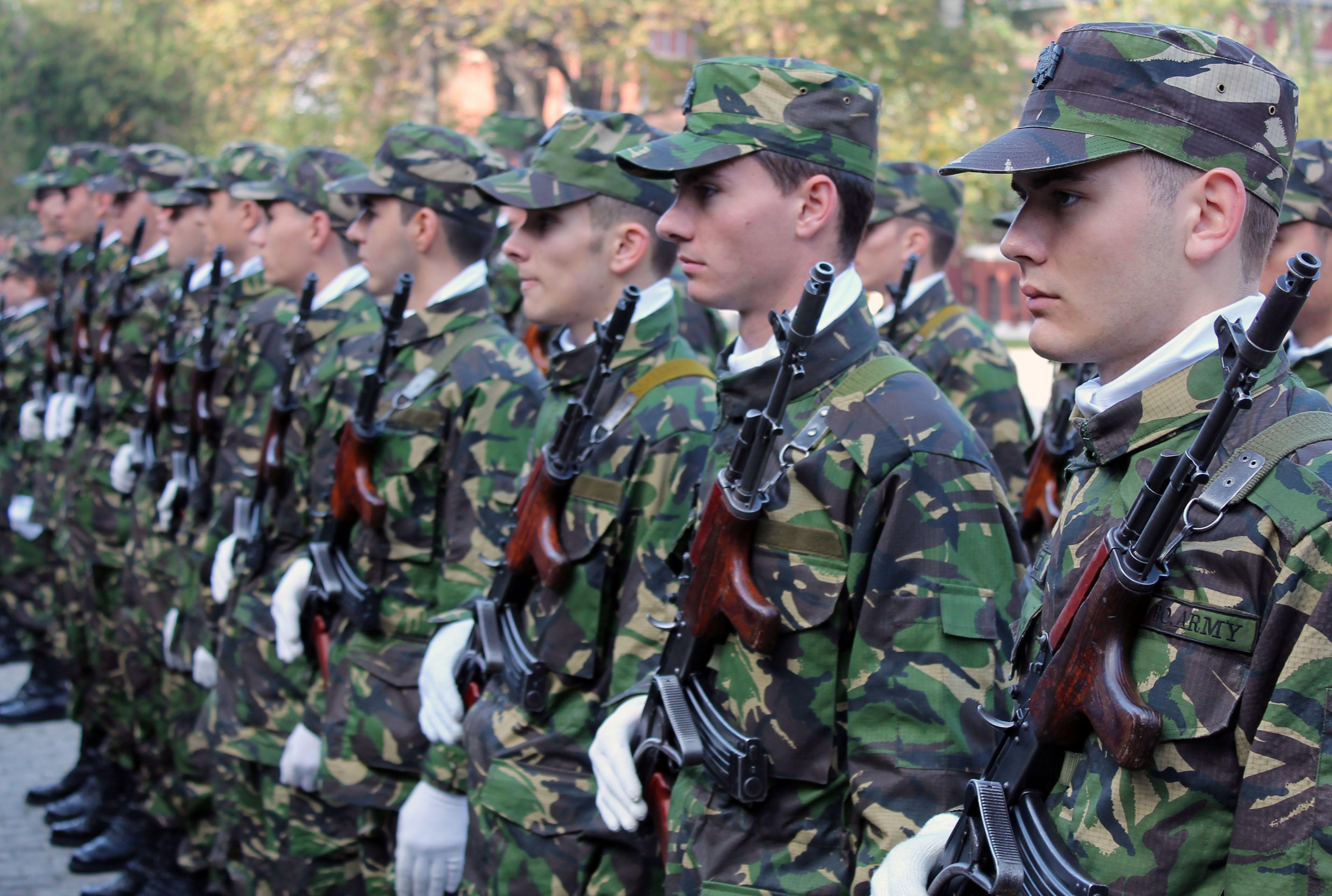 BistritaNews - 25 octombrie - Ziua Armatei Romane.  |25 Octombrie