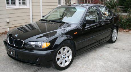 ANAF vinde autoturisme BMW şi Mercedes la preţ de Logan