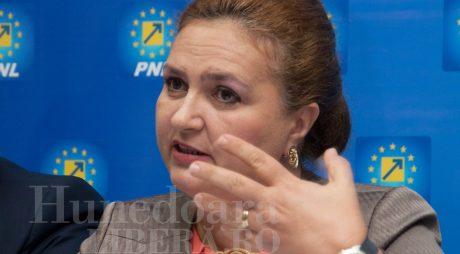 Mutare BOMBĂ pentru Carmen HĂRĂU