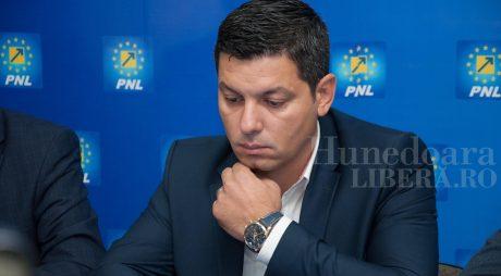 Nicușor Ștefan a demisionat din PNL Hunedoara