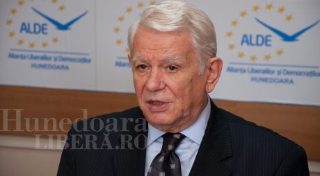 Meleșcanu (ALDE), în campanie la Deva