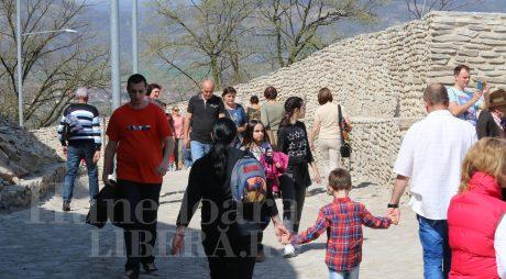 Crește numărul turiștilor care vizitează Cetatea Devei