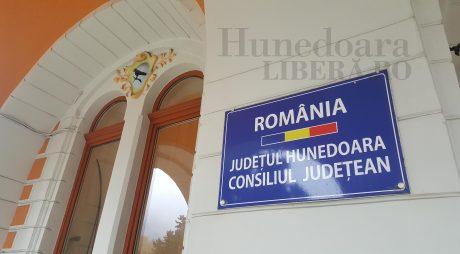 Fonduri europene   Help-desk pentru primarii din județ