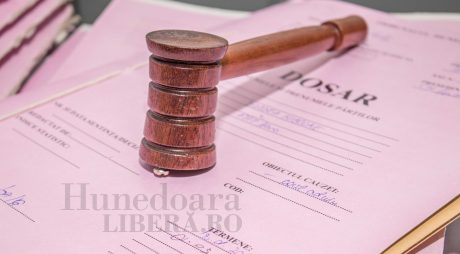 Judecătorii Curții de Apel Alba Iulia vor protesta suspendând judecarea cauzelor