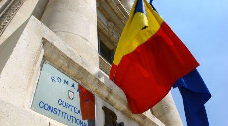 Legea care oferă imunitate sporită judecătorilor CCR a fost adoptată
