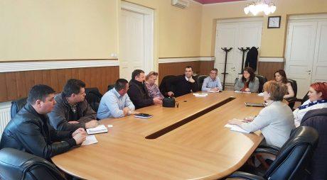 Consilierul ministrului agriculturii s-a întâlnit cu producătorii din Hunedoara