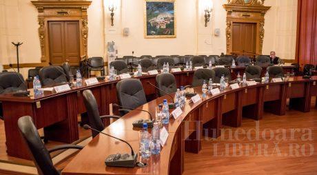 Tribunalul a validat încă 4 mandate de consilier județean, urmează să îl valideze și pe înlocuitorul lui Berbeceanu