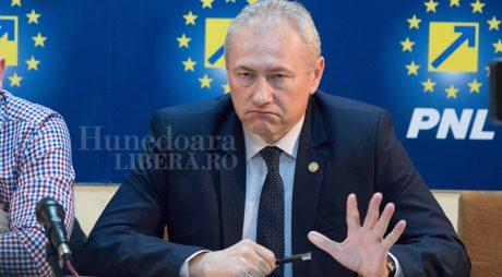 Liberalii deveni îl susțin pe Lucian Heiuș la șefia PNL Hunedoara