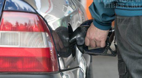 Prețul carburanților din România, mai mare decât media europeană