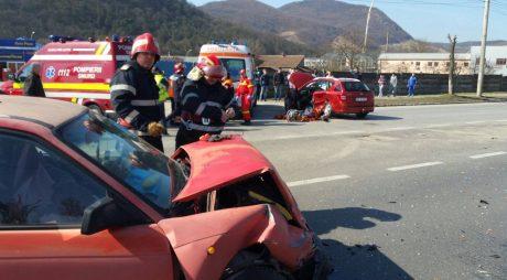 BREAKING NEWS: Accident GRAV cu 6 răniți între Hațeg și Petroșani