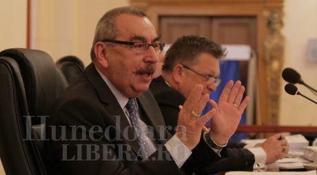 Problema deșeurilor ajunge la Comitetul pentru Situații de Urgență