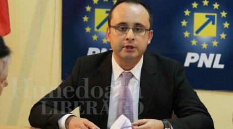 PNL mai vrea un mandat pentru Klaus Iohannis